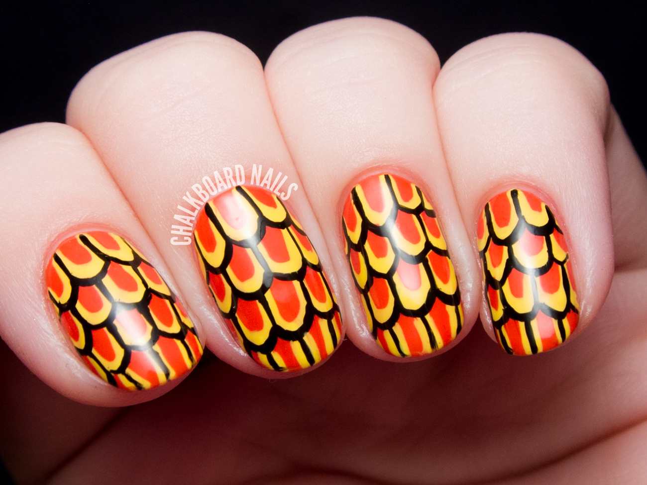 Stylized scale nail art by @chalkboardnails