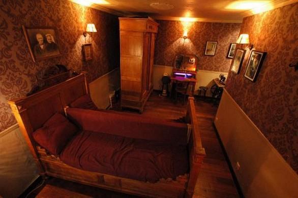 paris a chaque arrondissement son bar. Black Bedroom Furniture Sets. Home Design Ideas