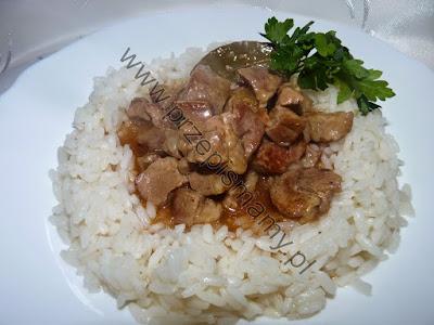 Gulasz z łopatki z ryżem