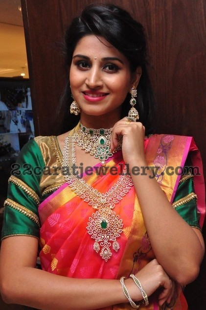 Shamili Showcasing Wedding Collection