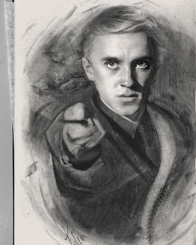 06-Harry-Potter-John-Fenerov-Charcoal-and-Graphite-Portraits-on-Paper-www-designstack-co