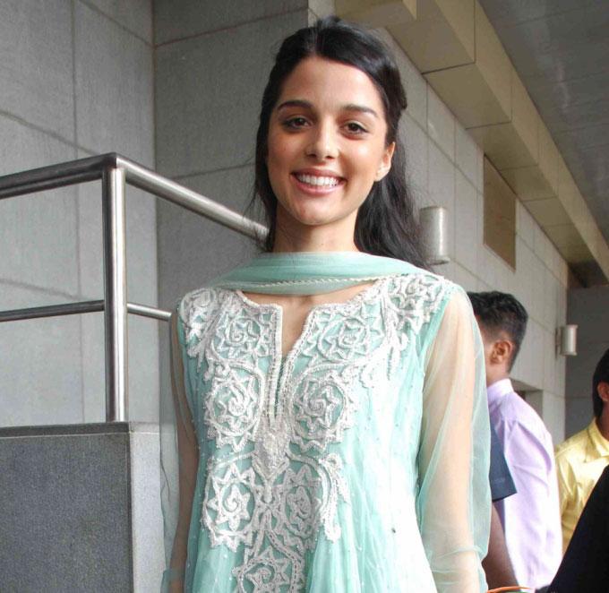 brunettes women celebrity bollywood bollywood actress