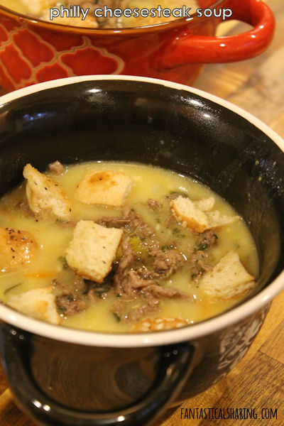 Philly Cheesesteak Soup // Turned the awesome classic Philly into a savory delicious soup with hoagie croutons! #soup #phillycheesesteak #maindish #recipe
