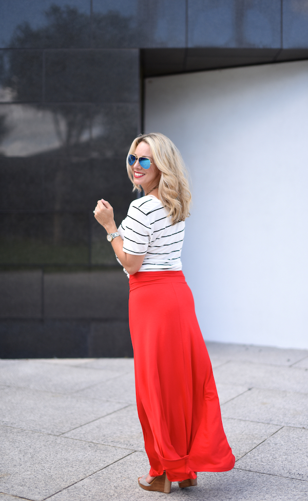 Outfit Inspiration | Striped top and red maxi