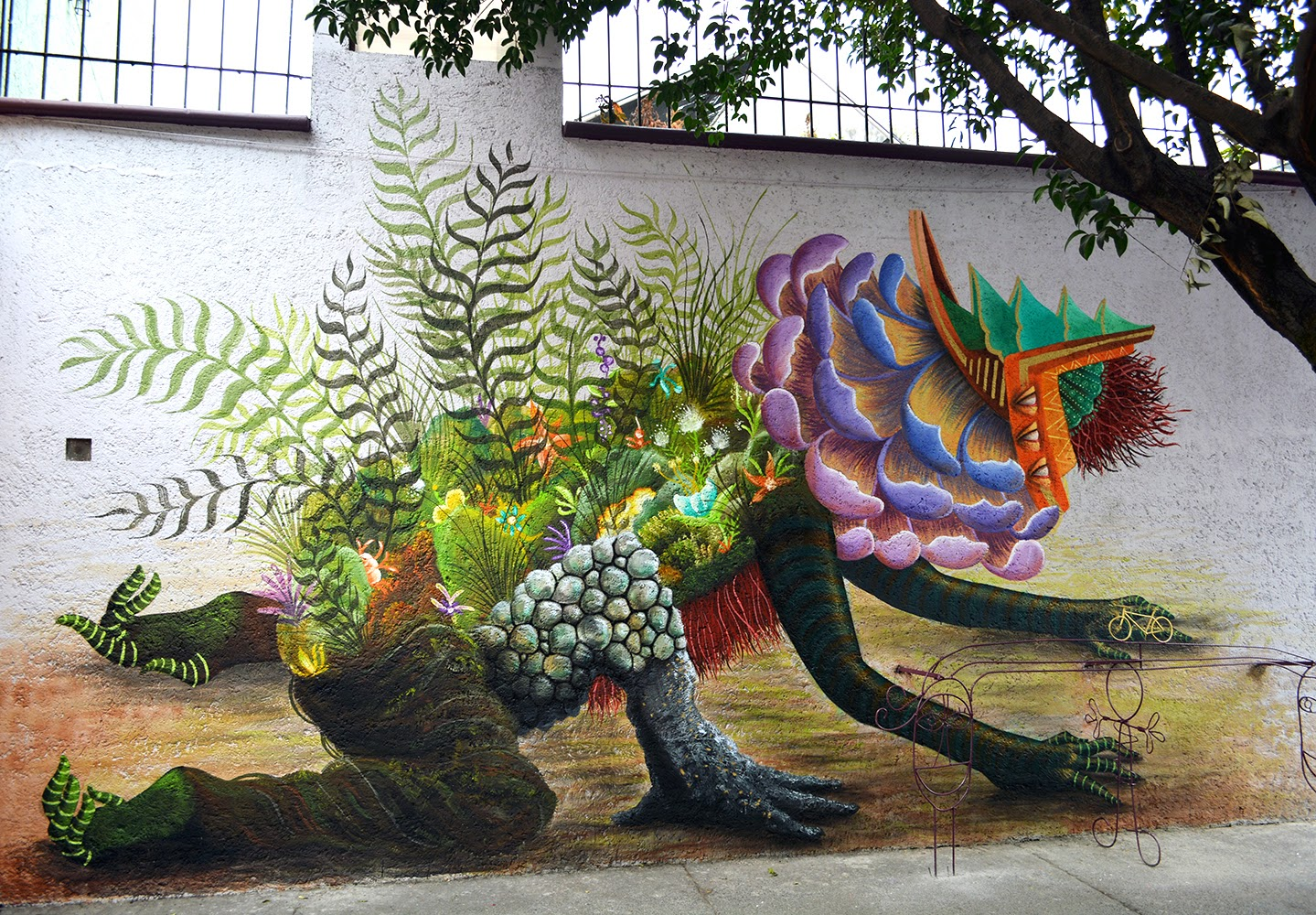 New Street Art Piece by Mexican Artist Curiot on the streets of Mexico City. 1