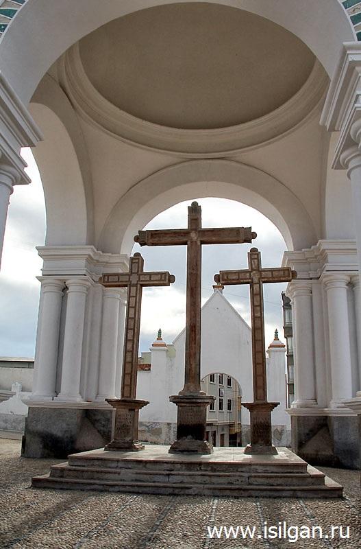 Базилика Богоматери Канделария Копакабана (Basilica of Our Lady of Copacabana). Город Копакабана. Боливия