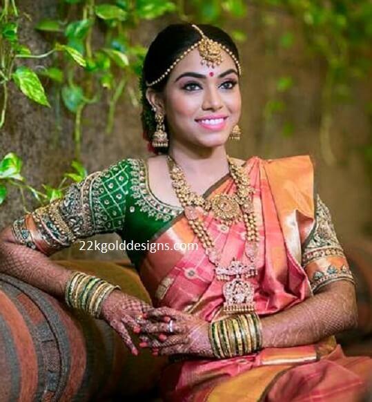 Tamil Bride in Nakshi Gold Jewellery