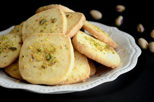 Pista Biscuits by veggierecipehouse