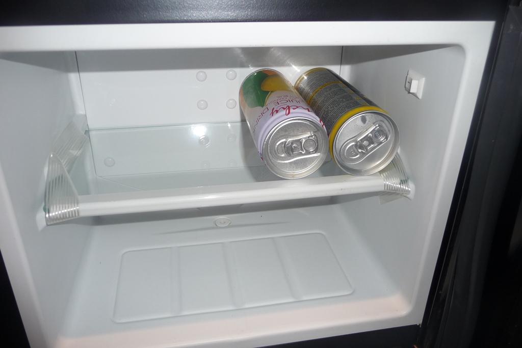 Mini Kühlschrank Lautlos Test : Mein test nicki testet den klarstein frosty mini kühlschrank