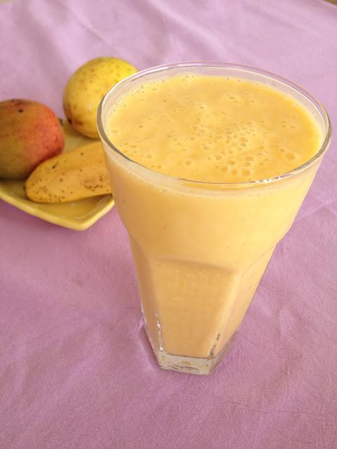 Smoothie, mangue, maracuja, passion, yaourt, banane, petit-déjeuner