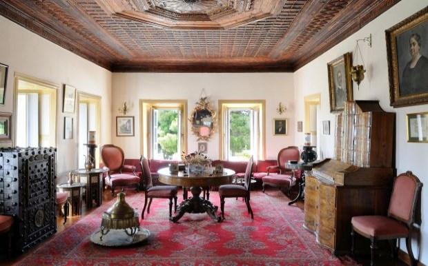 Γνωρίστε το 300 ετών αρχοντικό της Μπουμπουλίνας στις Σπέτσες (βίντεο)