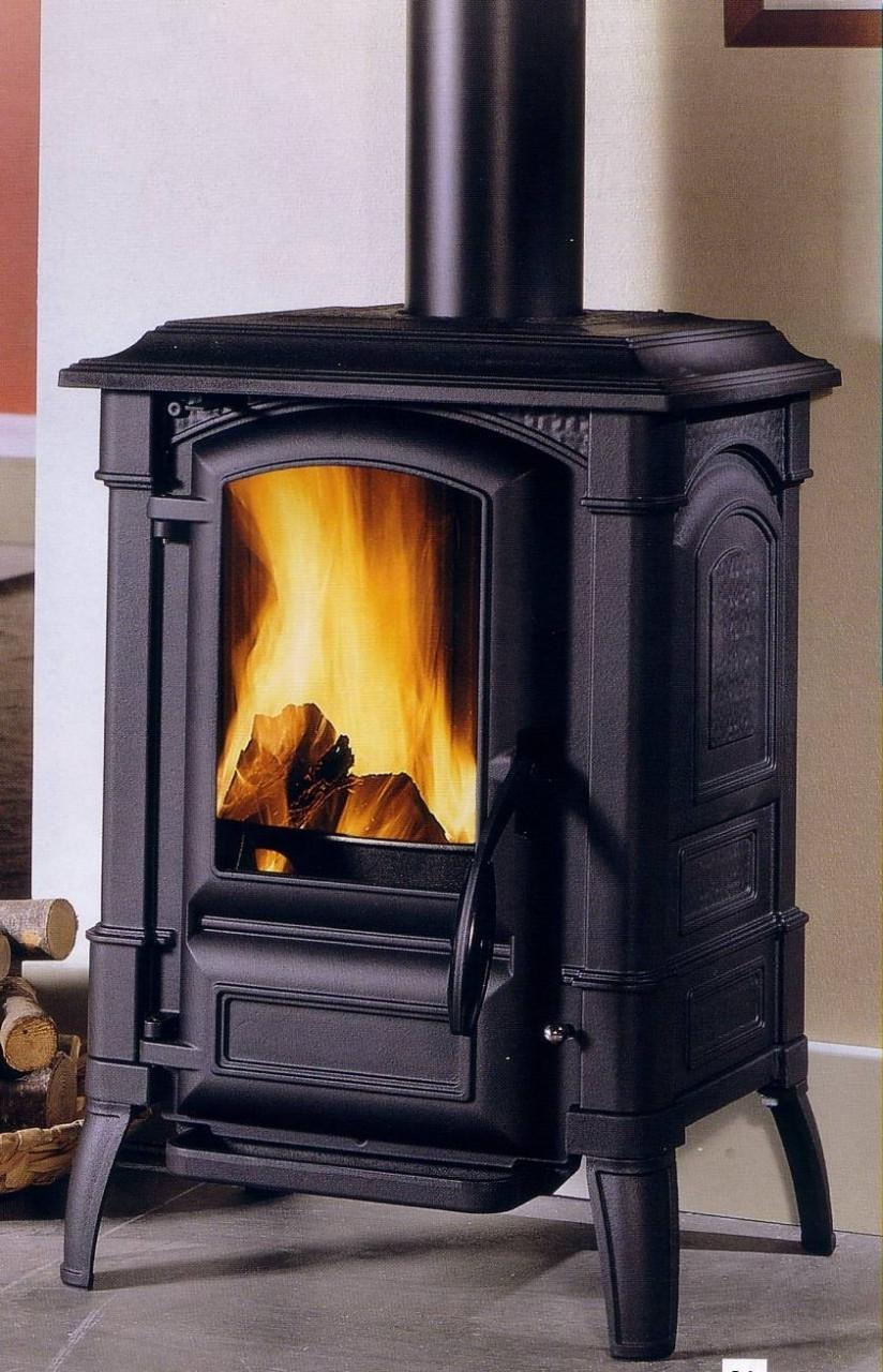 come costruire una stufa a legna scegliere la cucina a. Black Bedroom Furniture Sets. Home Design Ideas