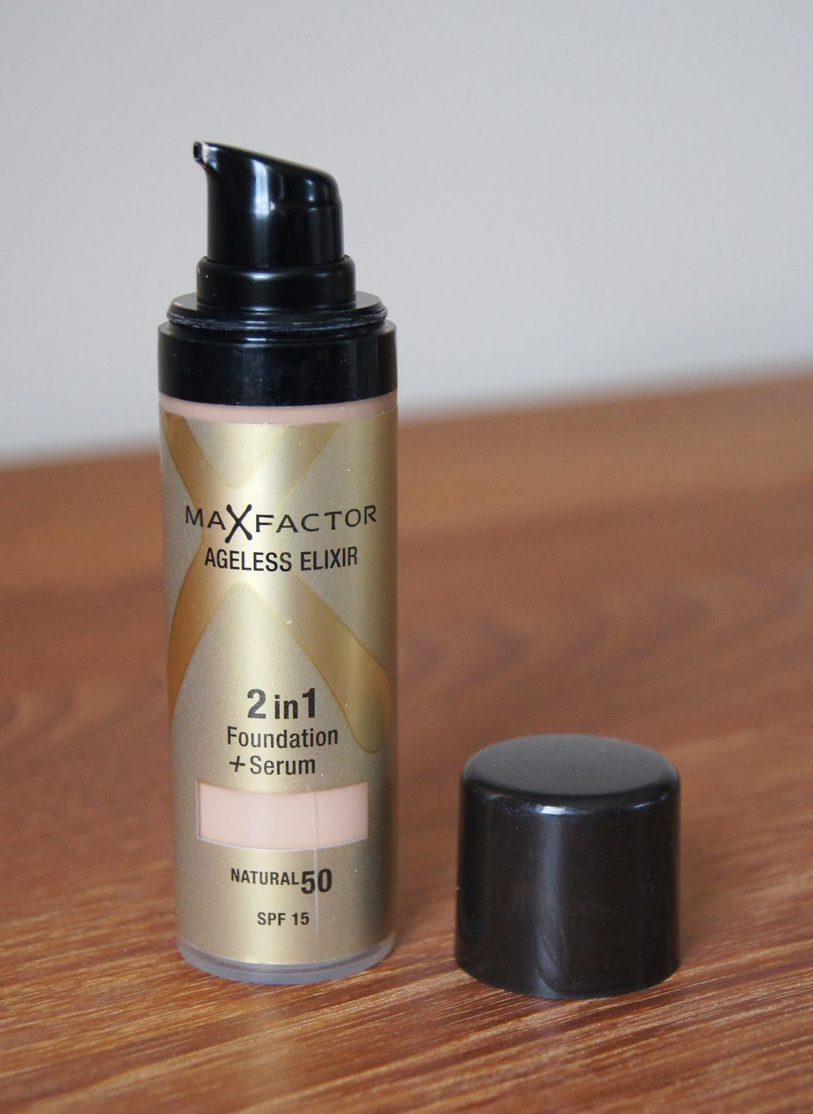 max factor 2 in 1 foundation and serum natural