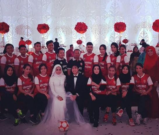 Awesome content Malaysia Arsenal fan wedding (photos