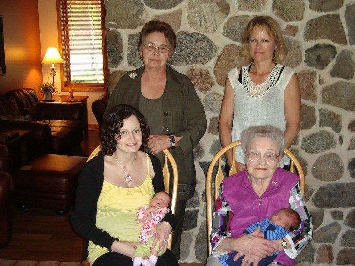 Pitura / Petura Family 5 Generations - 5 generations