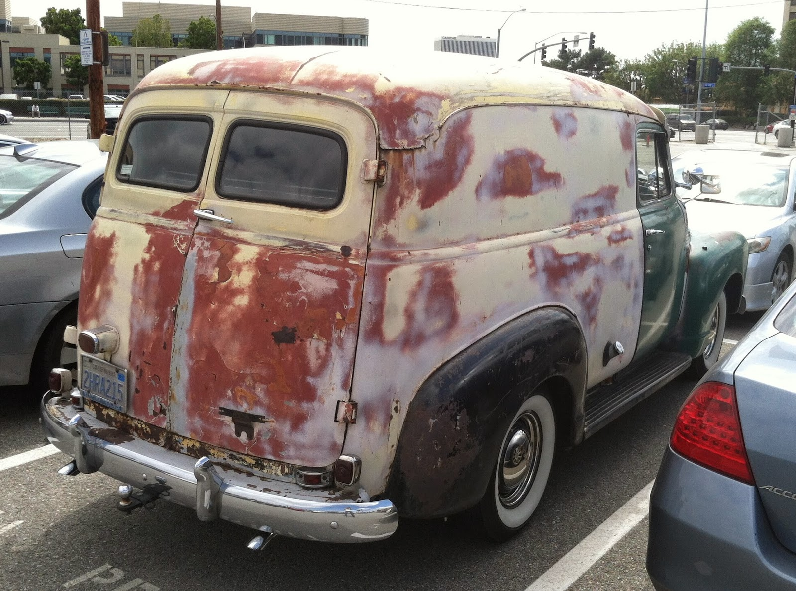 Truck 1949 chevy panel truck : Nostalgia on Wheels: Patina Chevy Panel Truck