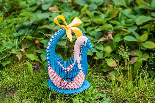 601. Łabędzi kosz z origami w granacie / 3d origami navy blue swan basket