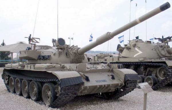 IMI - Israel Military Industries Ti-67S Tiran 5 Carro de combate médio