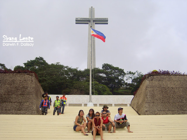 mt samat sculpture