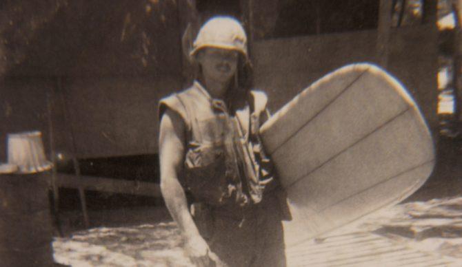 soldado tabla surf