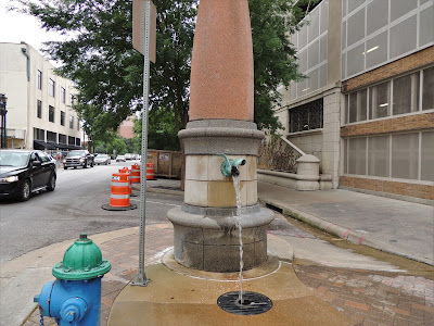 Water fountain on Prairie Street - Downtown Houston Historic District