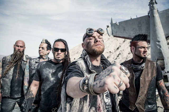 Video: Five Finger Death Punch - Gone Away