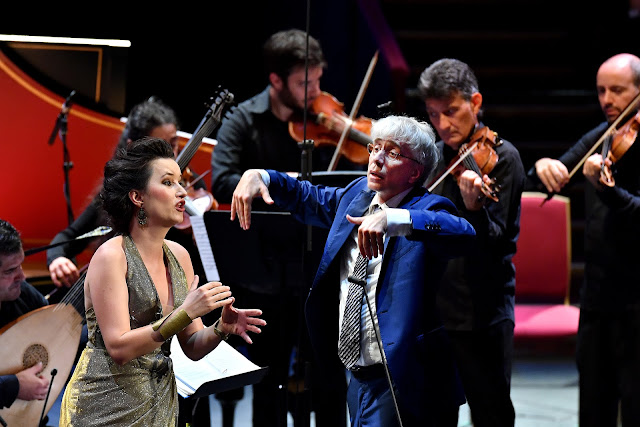 BBC Prom 26 - Anna Prohaska, Il Giardino Armonico, Giovanni Antonini (Photo BBC / Chris Christodoulou)