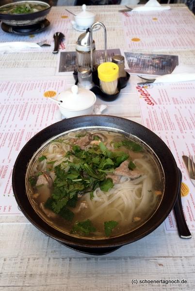 Pho Bo im asiatischen Schnellrestaurant Saigon in Karlsruhe