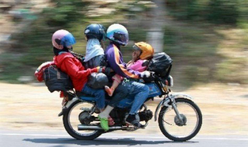 70 Meme Lucu Pengendara Sepeda Motor  Meme Kocak Bikin Ngakak