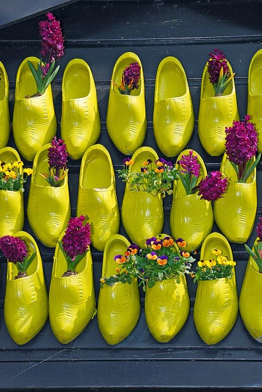 https://www.etsy.com/listing/96201571/wooden-shoes-5-x-7-fine-art-photograhy?ref=favs_view_1