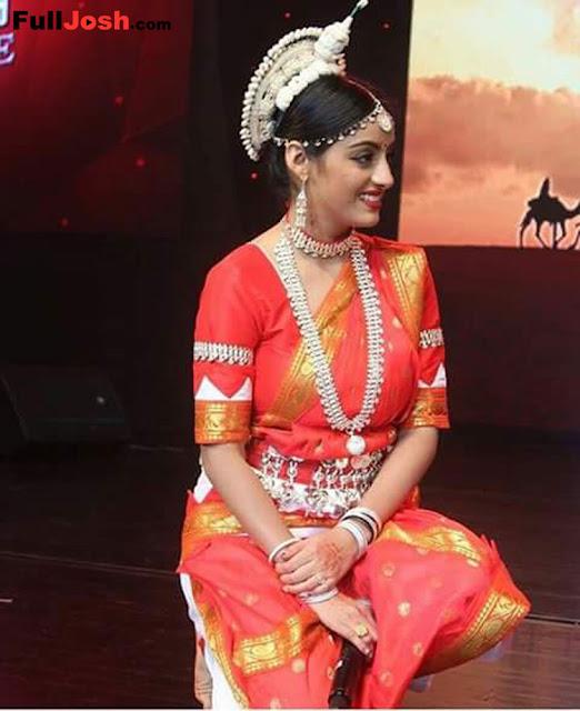 DeepikaSingh Of Diya Aur Baati Hum Distinction Wows Thailand Crowd With Her Odissi Execution !