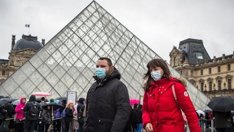 Döbbenetes adatok: Franciaországban 120 iskolát zártak be, 10 millió egészségügyi maszkot osztottak ki