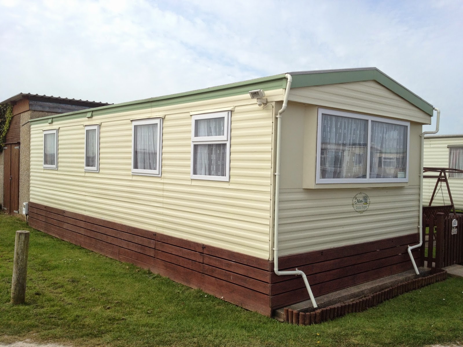 installers of upvc statuic caravan double glazing