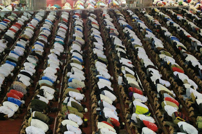 Beda Kelas dengan Konser Gue2, Penampakan Kampanye Paslon Pilkada DKI Ini Bikin Umat Islam Merinding