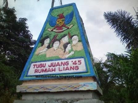 Tugu Juang '45 Rumah Liang