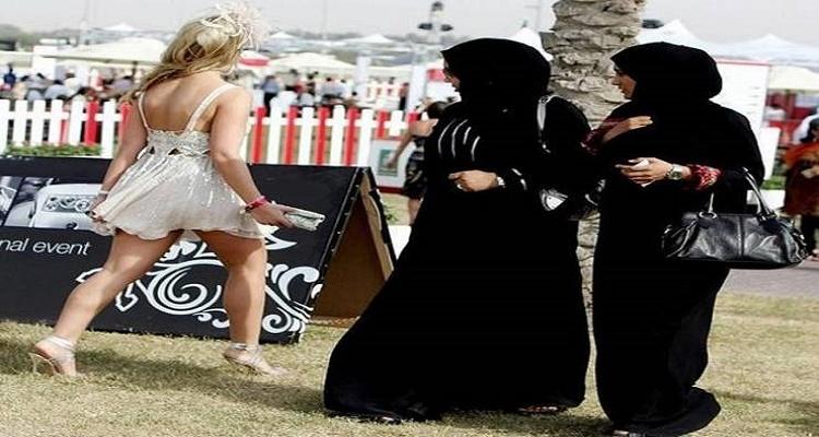 10 مشاهد عجيبة لن تراها إلا في دبي مدينة العجائب و الغرائب