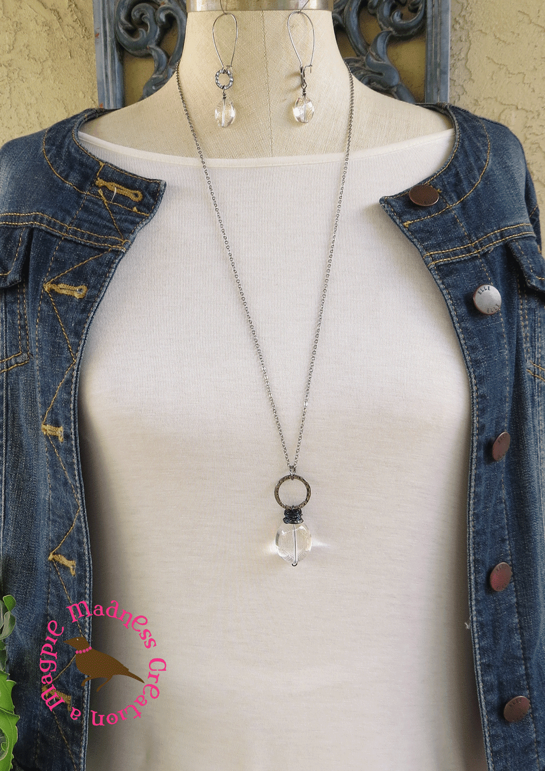 Magpiemadness mesmerize large clear quartz crystal pendant mesmerize large clear quartz crystal pendant necklace on a delicate gunmetal chain aloadofball Gallery