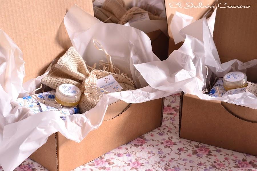 cajas aromaticas con jabones para navidad