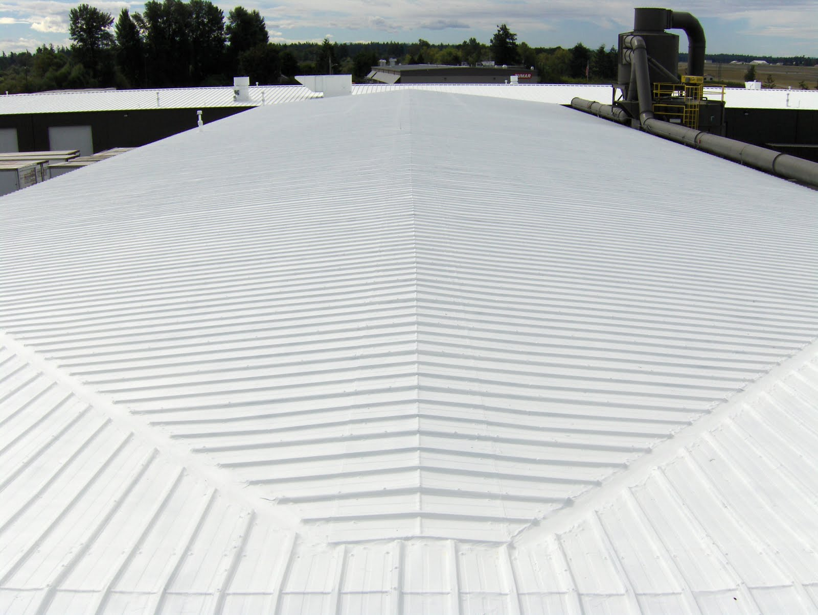 White Roofing Systems Metal Cool Roofing With Infrared
