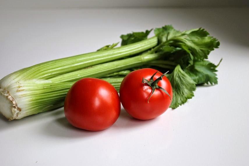 Sellerie und Tomate