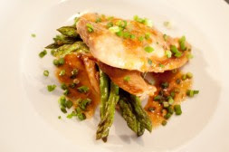 Steamed Chicken with Asparagus