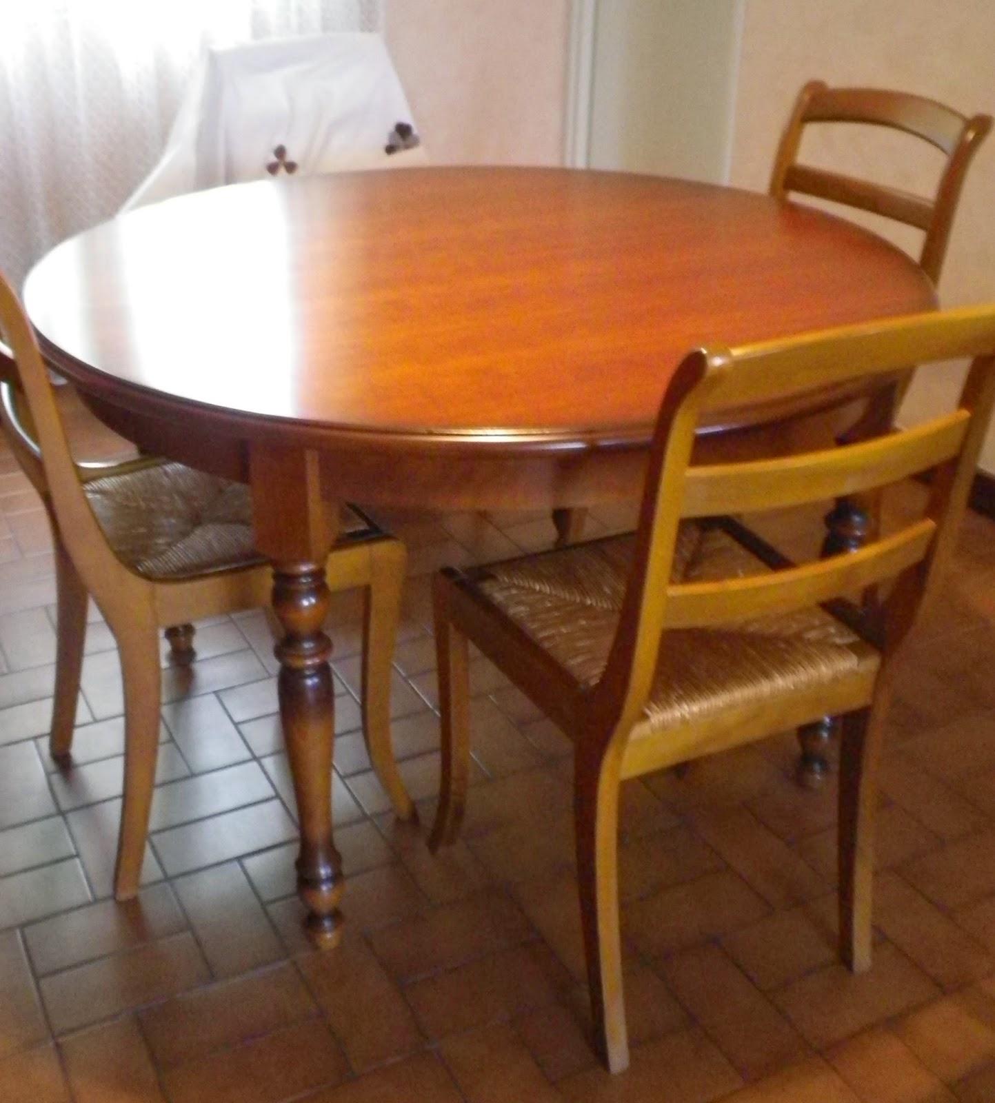 pat 39 in une nouvelle vie pour vos meubles et objets table ronde de style louis philippe motif. Black Bedroom Furniture Sets. Home Design Ideas