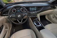 Buick Regal Sportback (2018) Dashboard