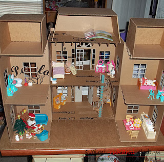 Kind of like a folding dollhouse