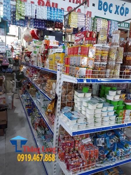 Dùng kệ để hàng siêu thị có ích lợi gì cho cửa hàng kinh doanh của bạn ?