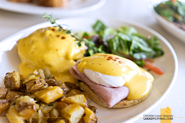 Taal Vista Hotel Taza Fresh Table Restaurant Eggs Benedict