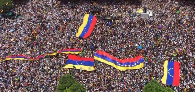 El pueblo venezolano desbordó Caracas para exigir Revocatorio Ya
