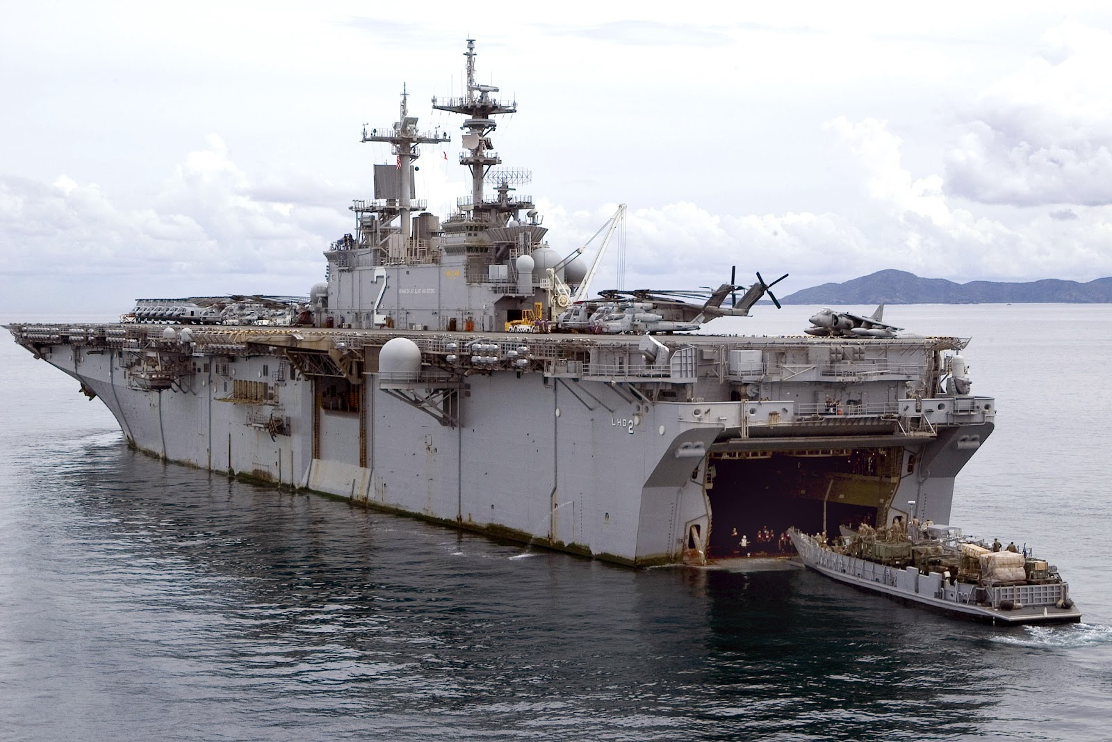 Airbull Uss America Lha 6 Is It Still Amphibious