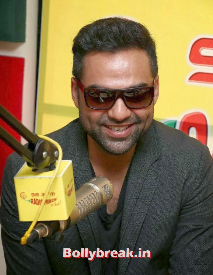 Abhay Deol, Abhay Deol and Preeti Desai Promote One By Two at Radio Mirchi