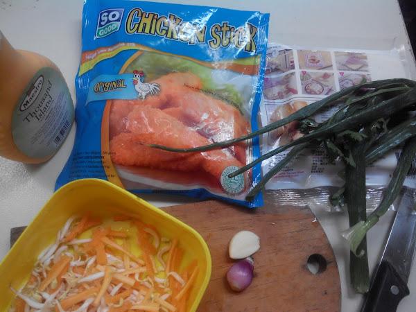 Vegetable Chicken Stick Spring Roll